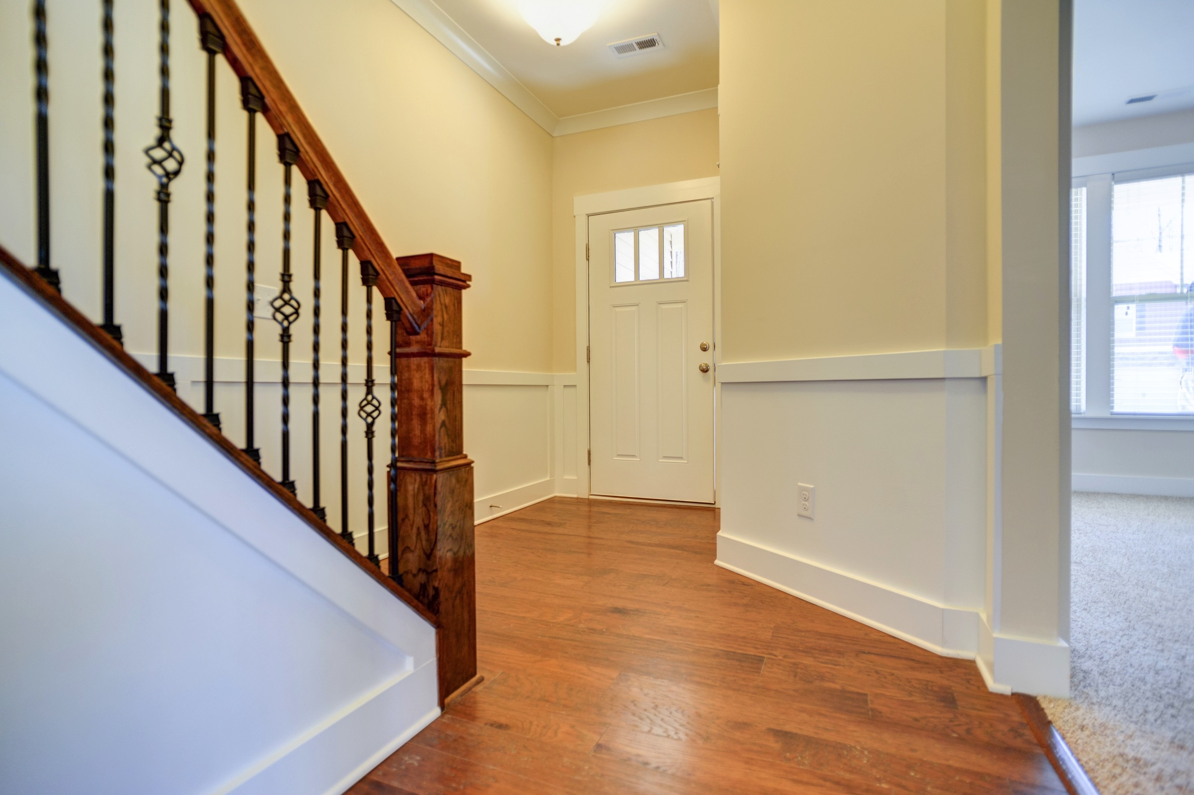 dogwood-Stairway