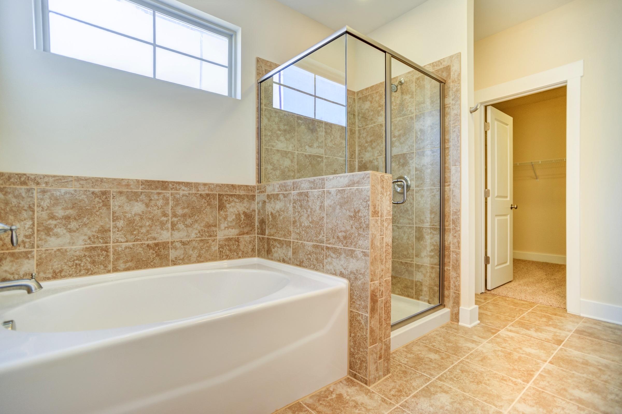dogwood-tub-shower-surround